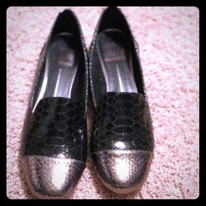 Dolce Vita Black + Gold Metallic Flats 8.5 NIB